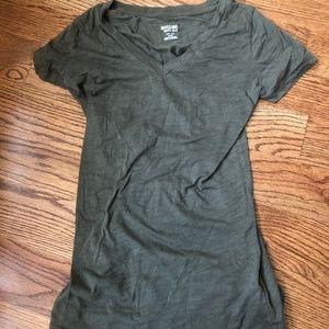 Mossimo XS V-Neck short sleeve t-shirt